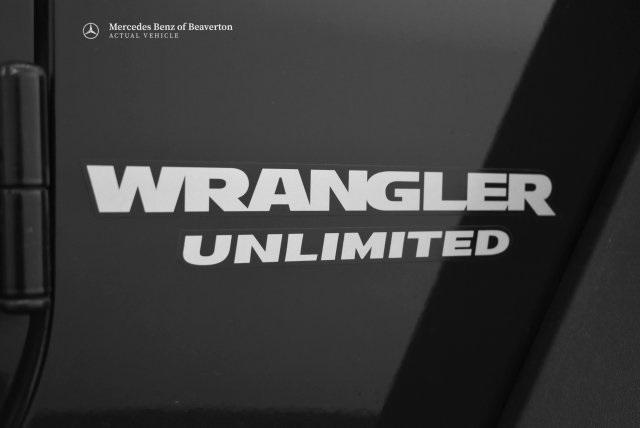 Pre-Owned 2012 Jeep Wrangler Unlimited 4WD 4dr Rubicon