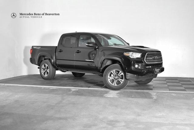 Pre-Owned 2019 Toyota Tacoma 4WD TRD Sport Double Cab 5' Bed V6 AT