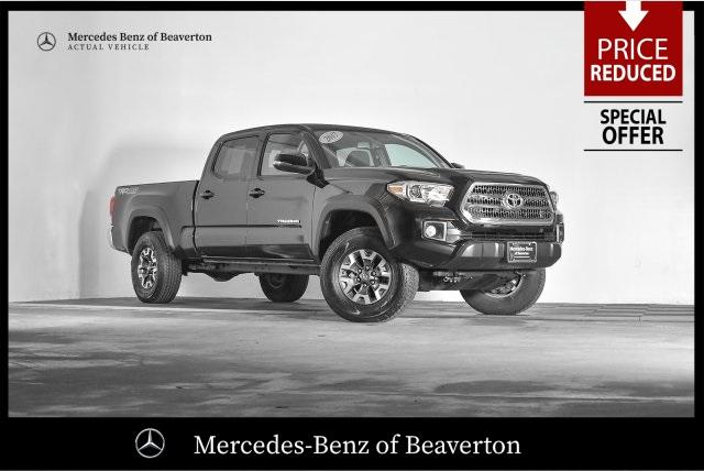 Pre-Owned 2017 Toyota Tacoma TRD Off Road Double Cab 6' Bed V6 4